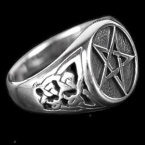 Bague Pentagramme Celtique Ciselée en Argent